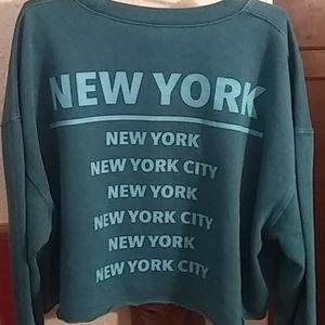 Wild Fable New York Long Sleeve Sweatshirt Crop